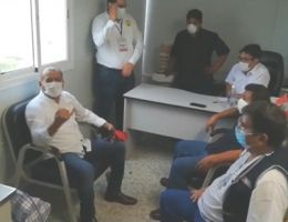 GOBERNADOR SE REÚNE CON ADMINISTRATIVOS PARA COORDINAR MEJORAS