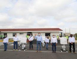 PRESIDENTE VIZCARRA ARRIBÓ A LA REGIÓN DE TUMBES PARA ENTREGAR 9 VENTILADORES MECÁNICOS PARA LA LUCHA CONTRA EL COVID-19