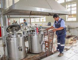 Los trabajos de remodelación de cocina del HRT continuarán durante este mes